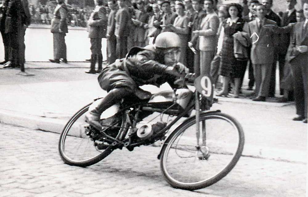 Ramón Martín, el primer Campeón de España de moto de 50 cc.