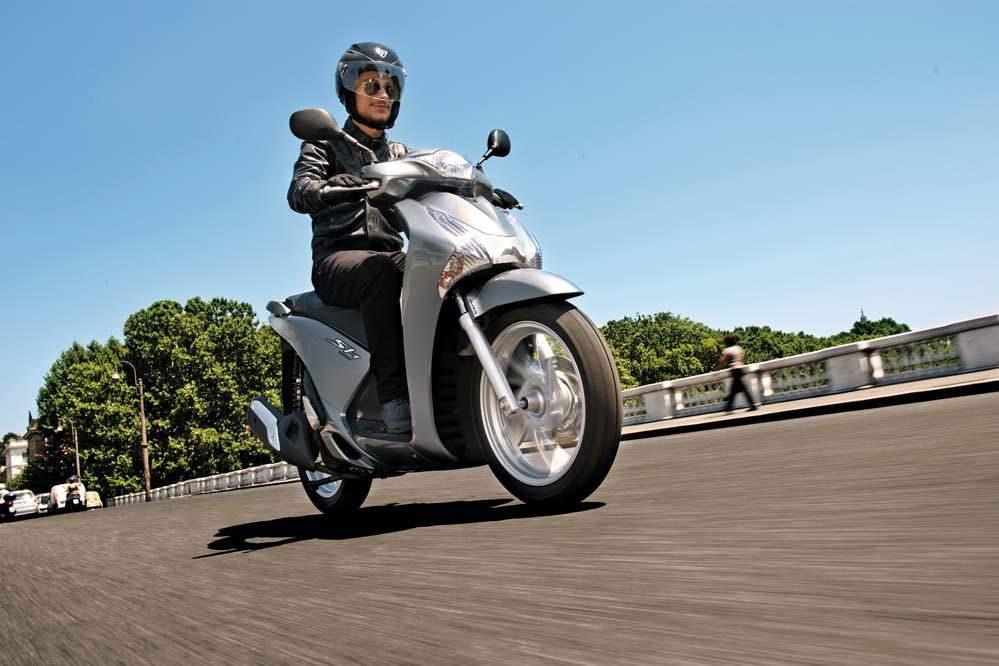 Honda SH125i Scoopy