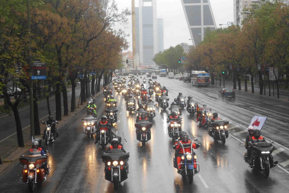 Desfile de banderas de la Concentración de Harley Davidson KM0