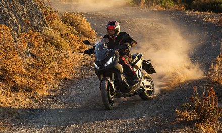 Honda X ADV: Scooter trail en vídeo