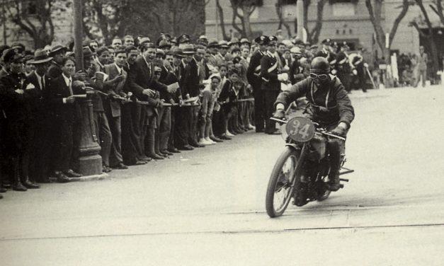 Milano-Taranto, la carrera de motos más larga de la historia