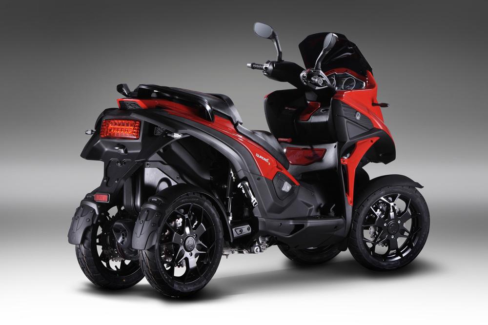 Quadro 4, scooter cuatro ruedas