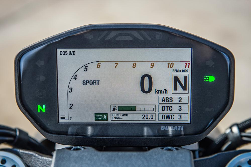 Cuadro de instrumentos de la Ducati Monster 1200 S