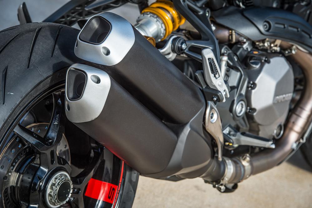 Escape de la Ducati Monster 1200 S