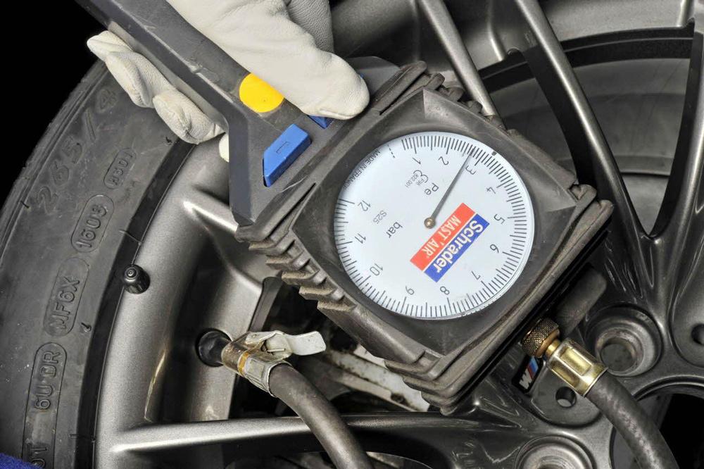 Manómetro de neumáticos de taller