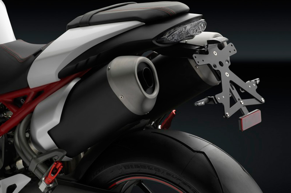 Soporte matricula FOX Rizoma Triumph Speed Triple