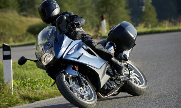 BMW F 800 GT: Turismo a escala media