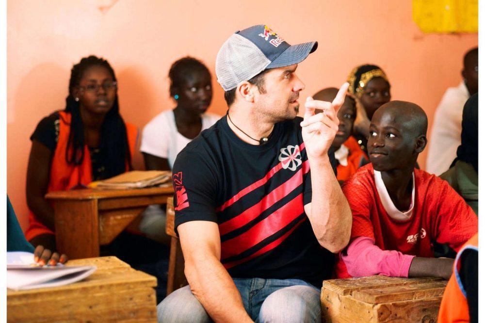 Cyril Despres, escuela en Senegal