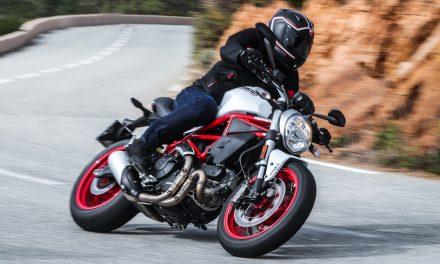 Ducati Monster 797: Fiel a la original