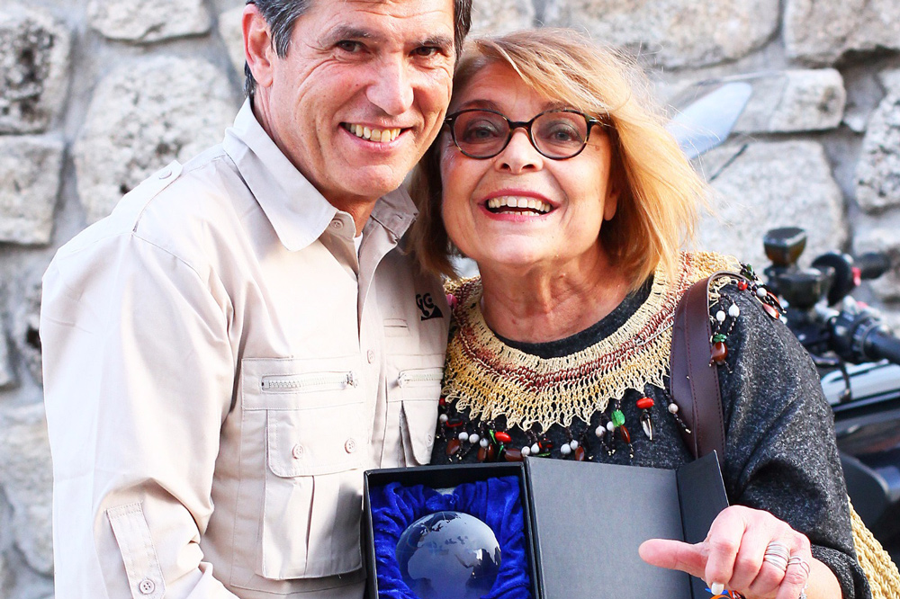 Chelo Cañizares y Gustavo Cuervo, premio de honor de Grandes Viajeros 2017