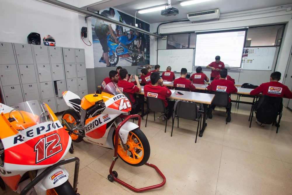 Monlau Repsol Technical School