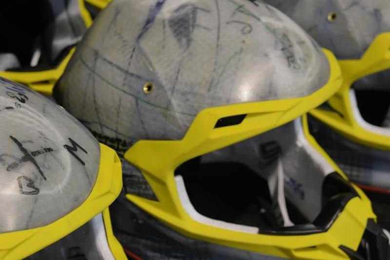 La fabricacion de un casco de moto Airoh