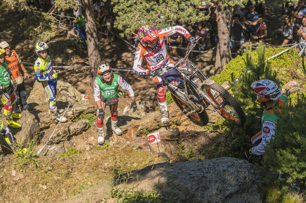 Jaime Busto se estrena en el podio del Mundial de Trial en segunda posición en Andorra