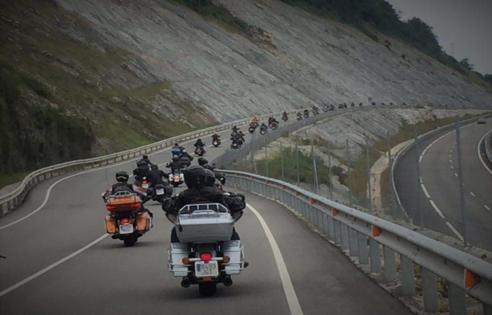 Amantes de Harley Davidson disfrutaron de la IV Quedada Motera de Cantabria
