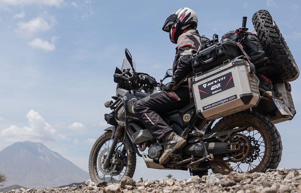 Cómo colocar el equipaje en una moto