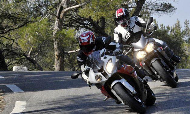 Como frenar en moto de la forma más eficaz y segura