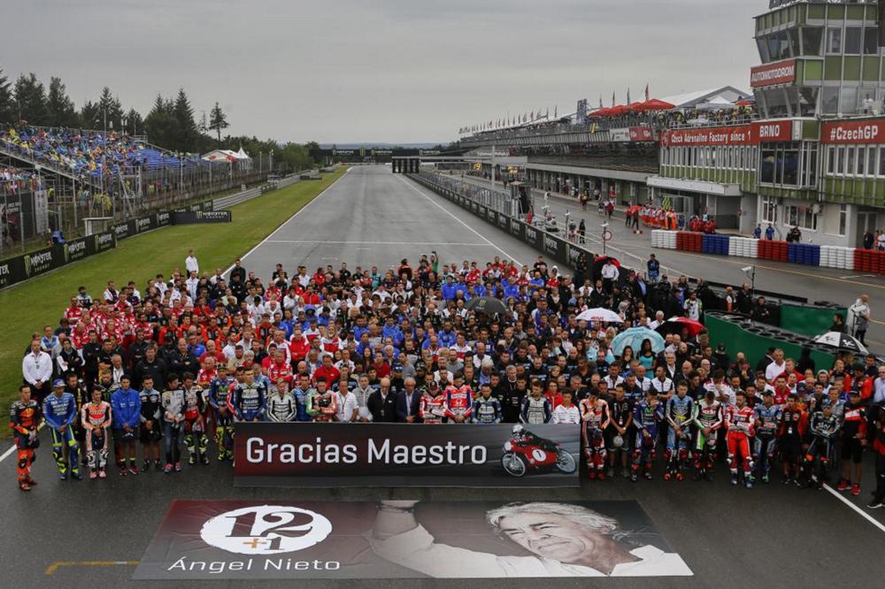 Homenaje a Angel Nieto en el GP de Republica Checa