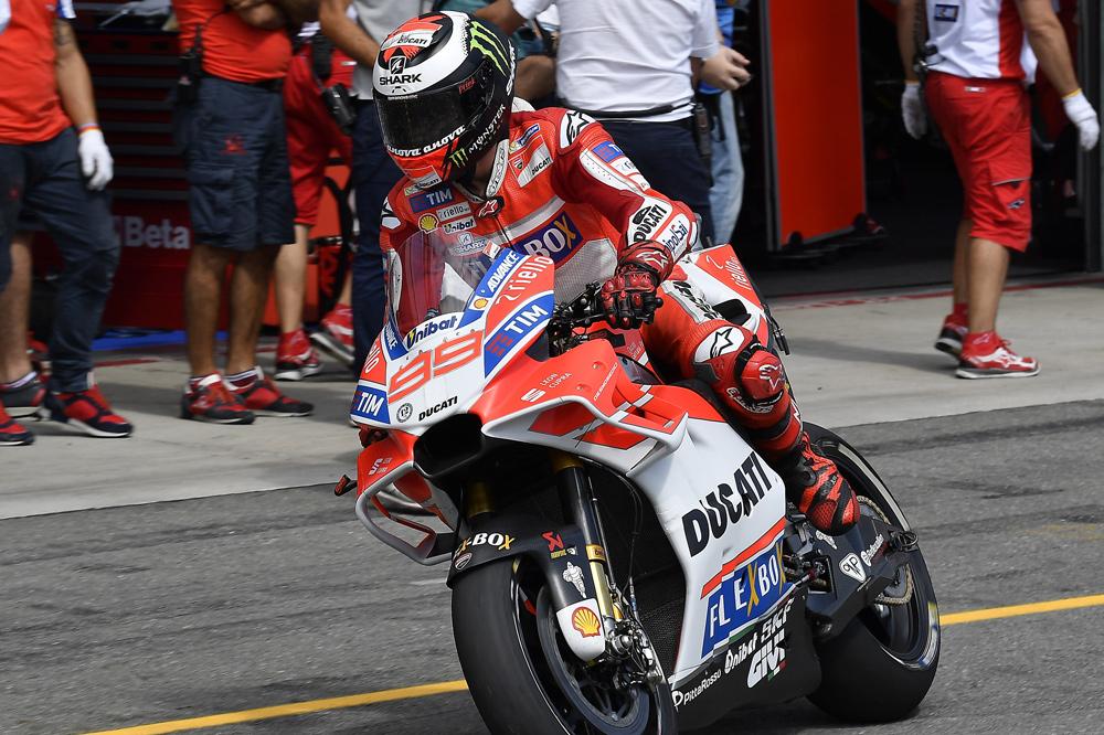 Nuevo carenado en la Ducati de Jorge Lorenzo