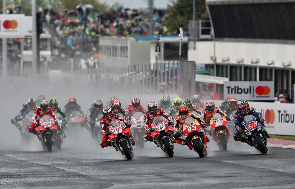 Marc Márquez arriesga y gana el GP de Misano