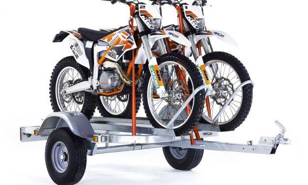 Como atar una moto correctamente: Carro, furgoneta o barco