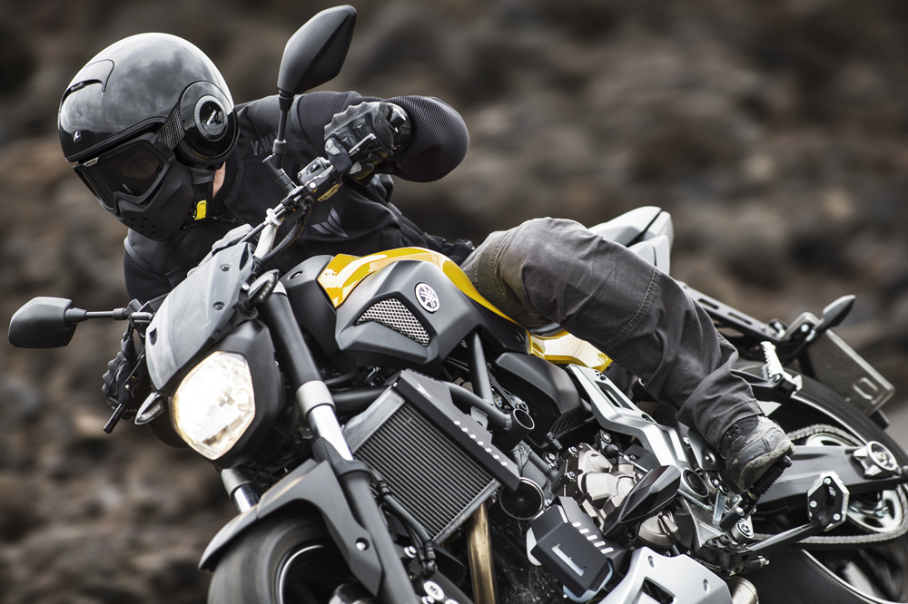 Conducir una moto sin embrague