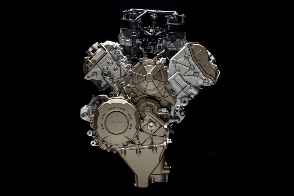 Motor Ducati Desmosedici Stradale