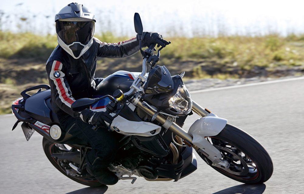 ¿Cuándo debo cambiar de casco de moto?