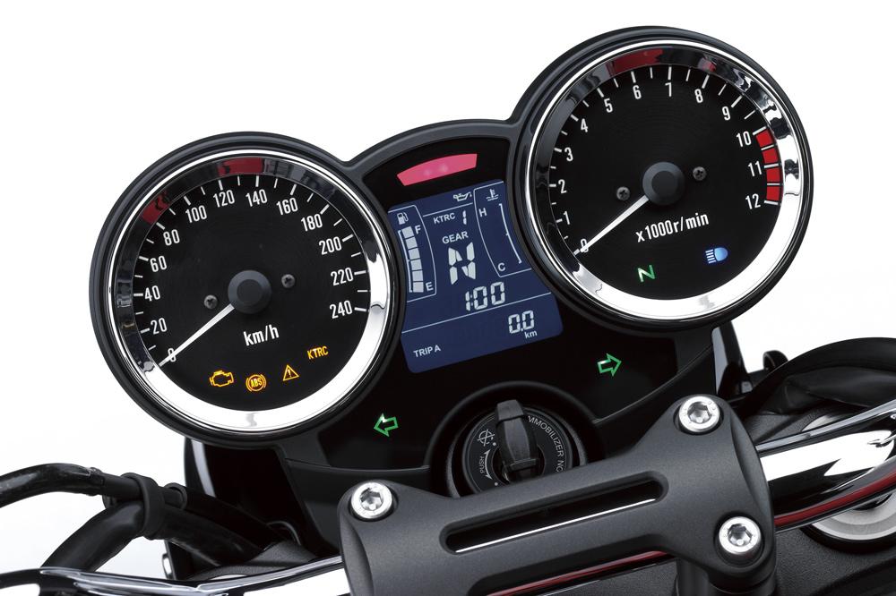 Kawasaki Z 900 RS, cuadro de instrumentos