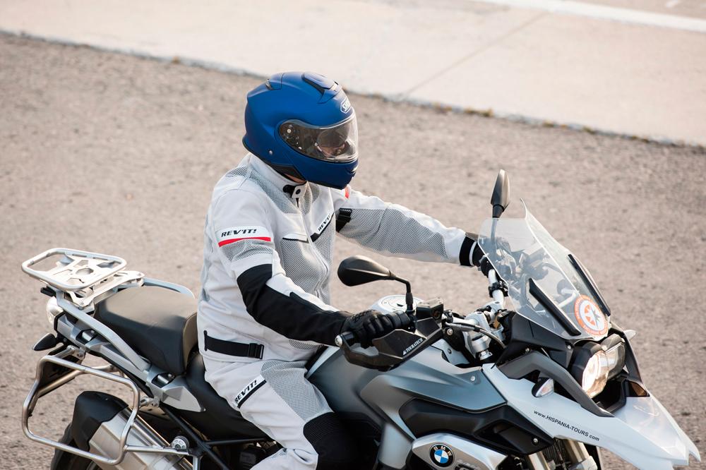 Nuevo casco Shoei NEOTEC II | Club del Motorista KMCero