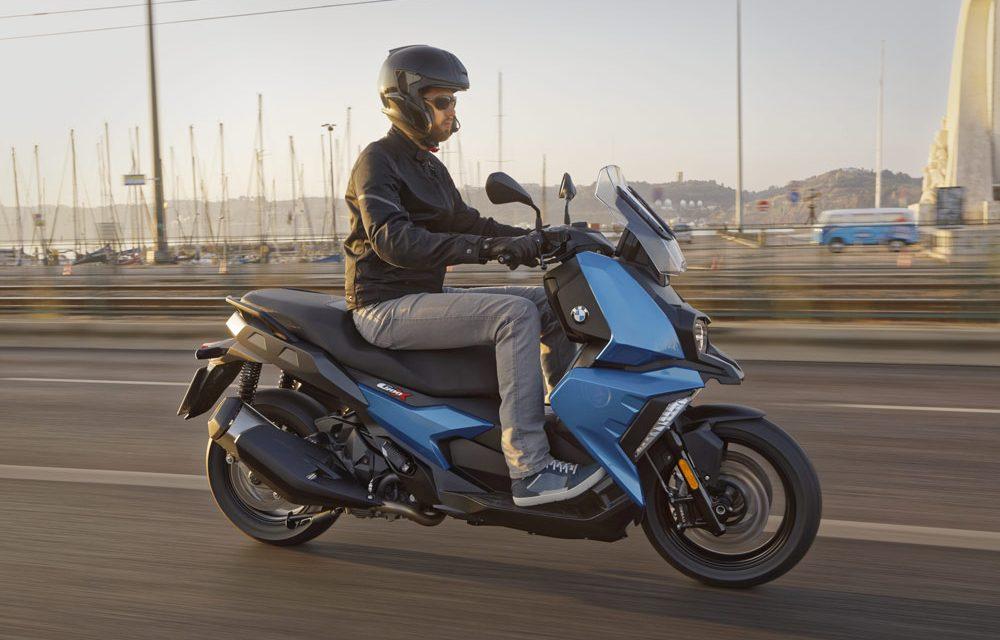BMW C 400 X: El scooter medio alemán
