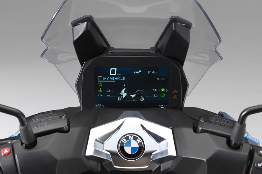 BMW C 400 X Scooter, cuadro de instrumentos con BMW Connected Ride opcional