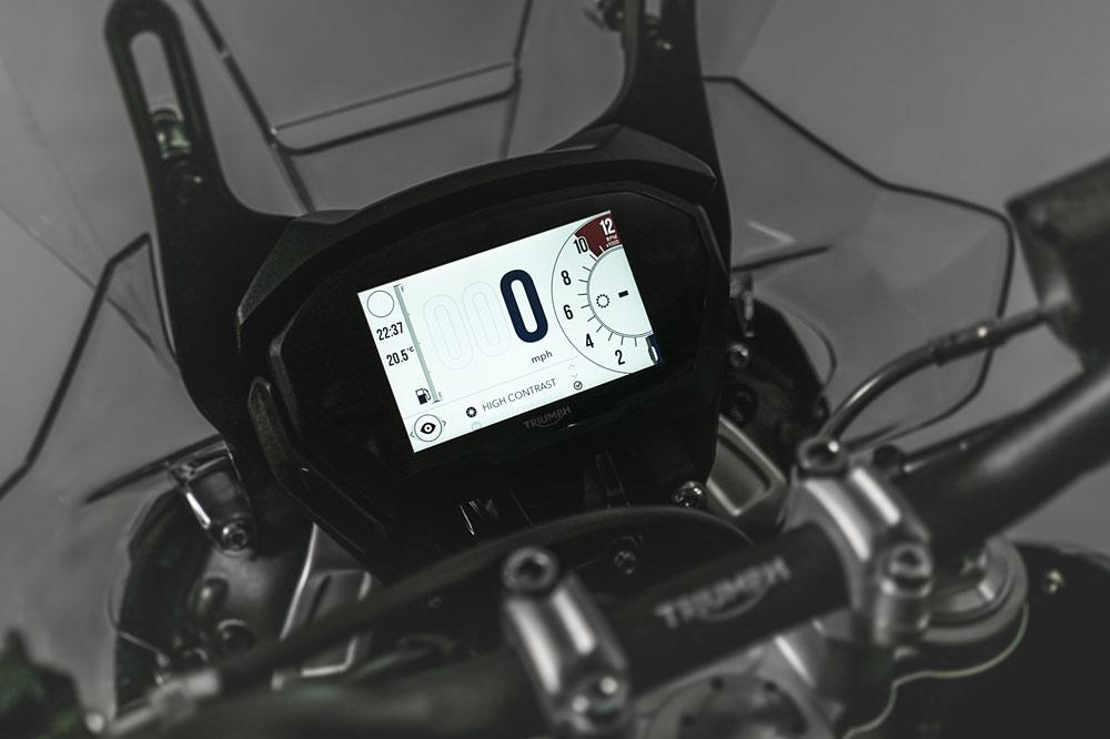 Triumph Tiger 800 2018, cuadro de instrumentos digital