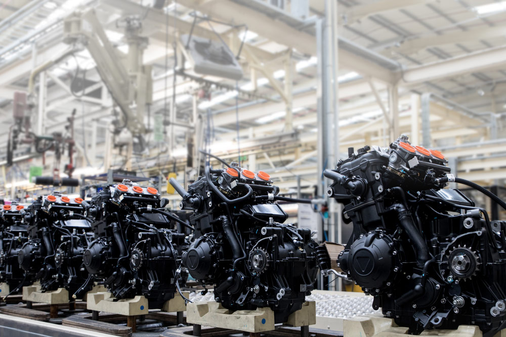 Visita a la fábrica Triumph en el Reino Unido