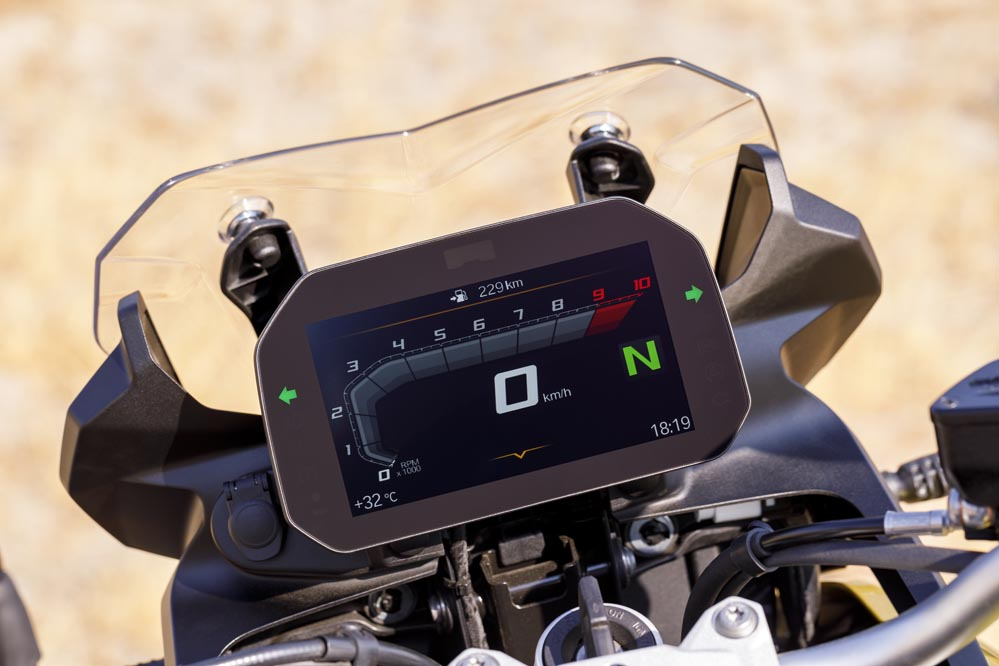 BMW F 750 GS 2018, cuadro de instrumentos Connected Ride