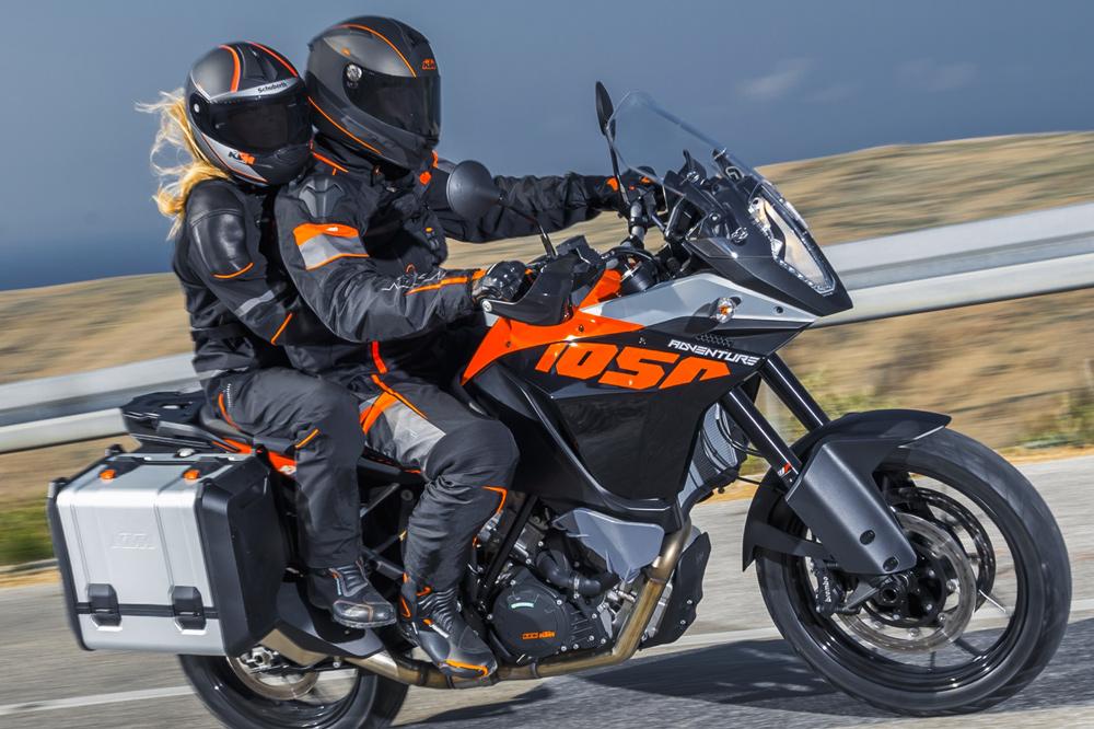 Un equipamiento adecuado para la moto es una de las bases de nuestra seguridad