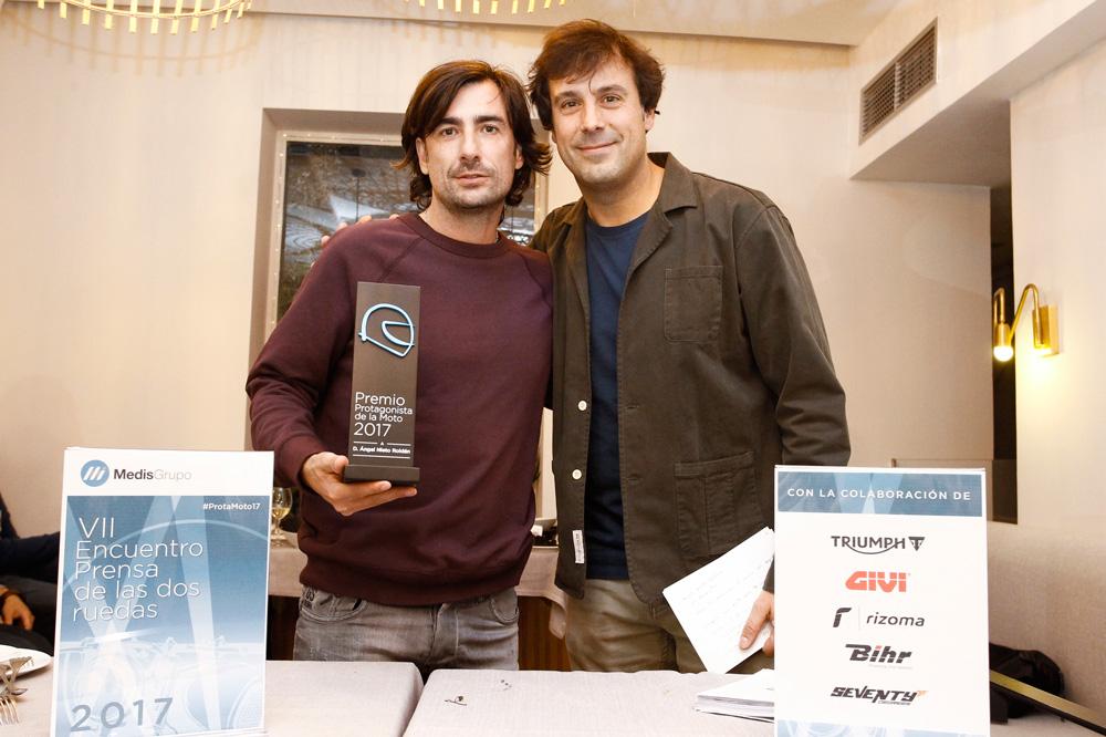 Gelete Nieto recoje el premio otorgado a su padre