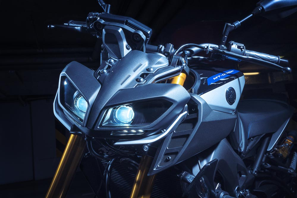 Yamaha MT 09 SP 2018, faro delantero
