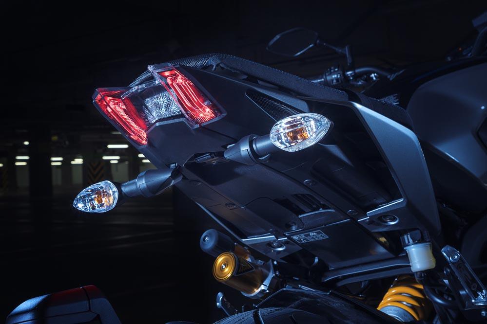Yamaha MT 09 SP 2018, faro trasero