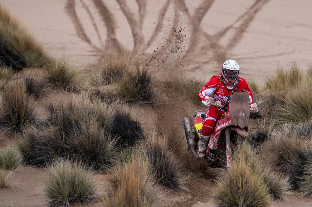 Gerard Farres se consolida como el mejor piloto español de esta edición del Rally Dakar