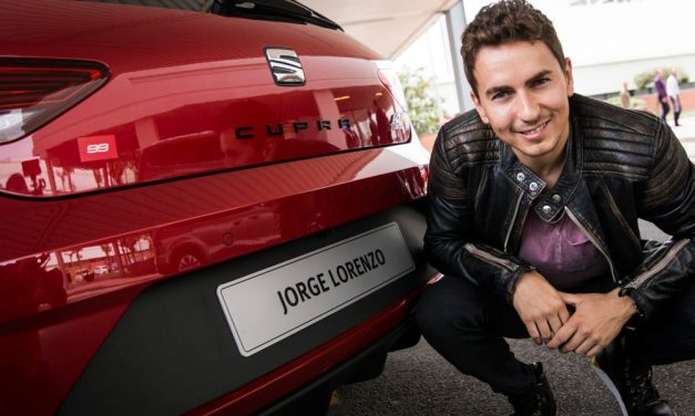 Jorge Lorenzo y su Seat León Cupra