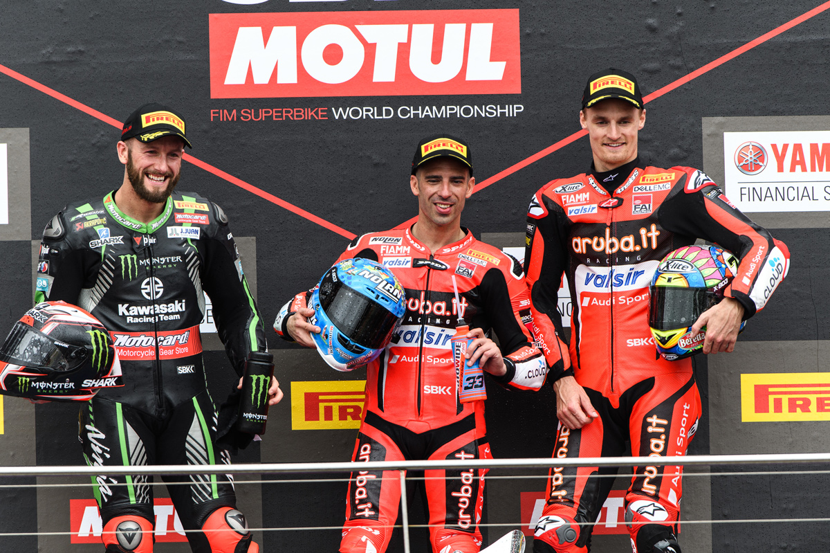 Marco Melandri, Tom Sykes y Chaz Davies, podio de la primera cita del Mundial SBK 2018 en Australia