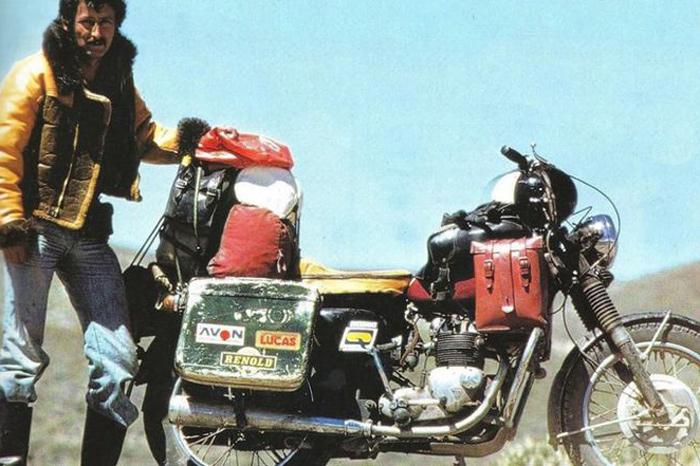 Ted Simon y una Triumph Tiger 500