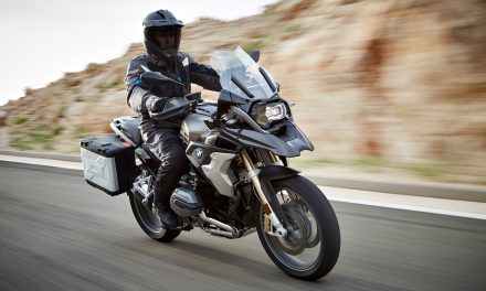 Seguros para motos: ¿Cuál es el mejor para una BMW Trail?