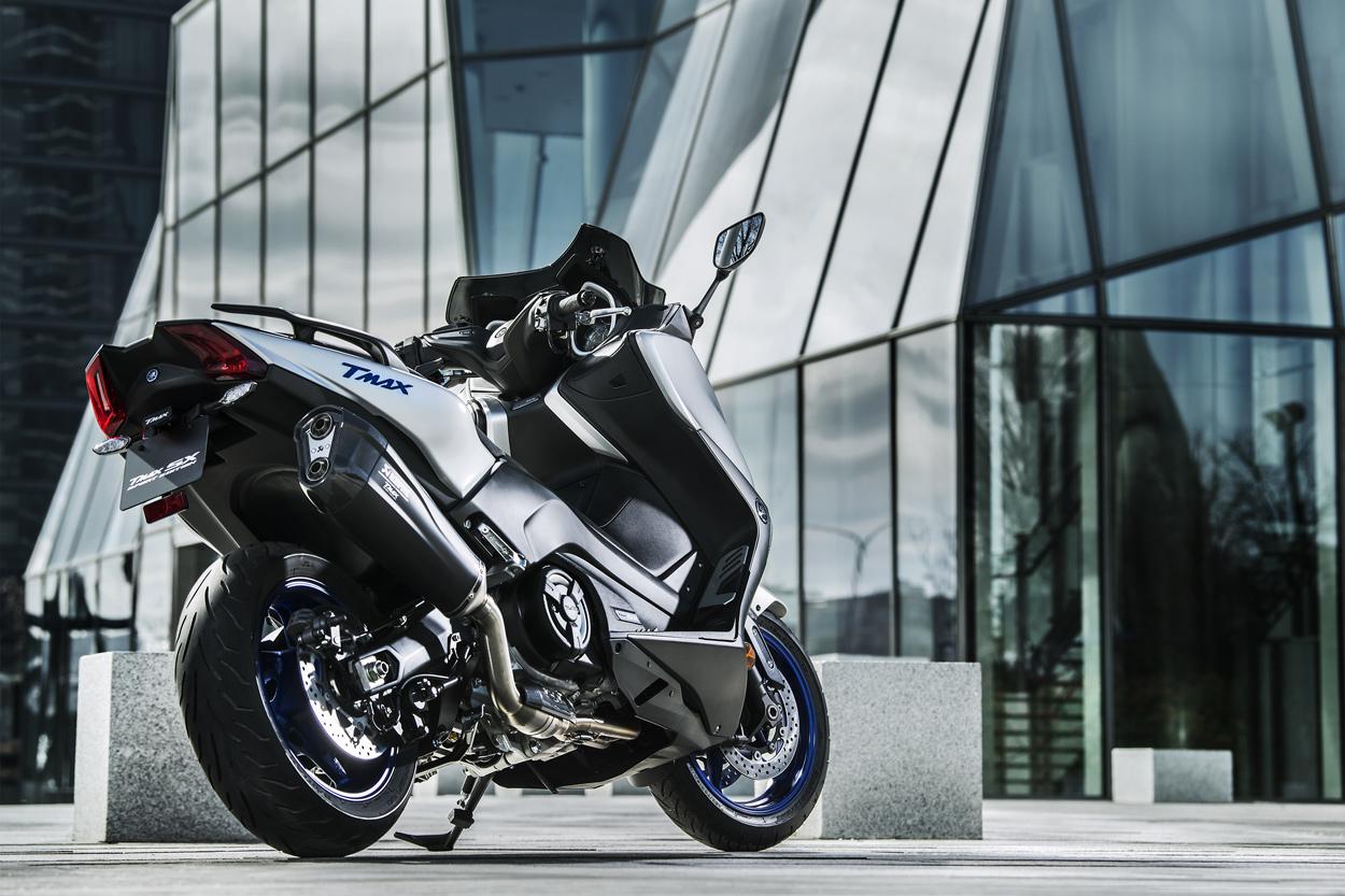 Escape Akrapovic del Yamaha TMax SX Sport Edition