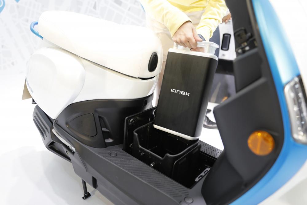 KYMCO Ionex, baterias para scooter electricos