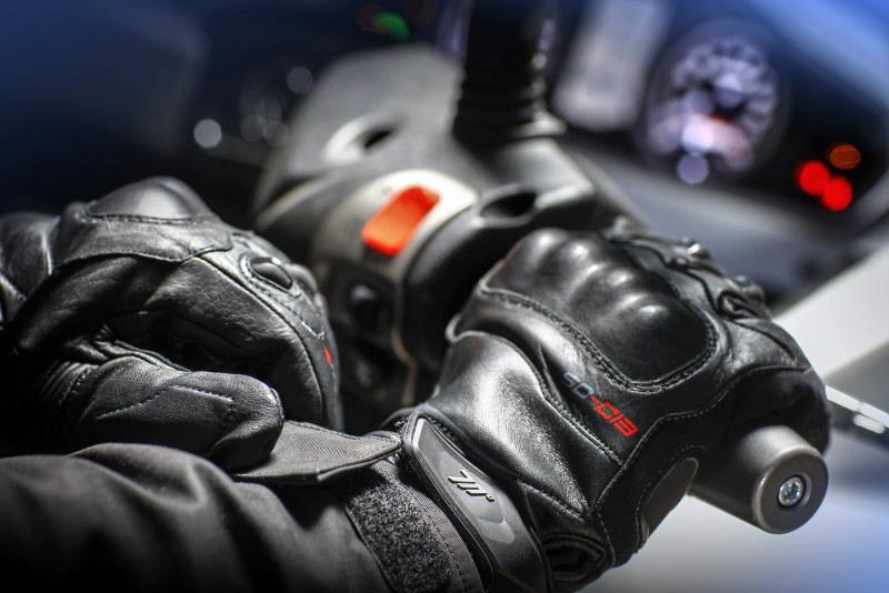 Guantes en piel para moto de Seventy Degrees