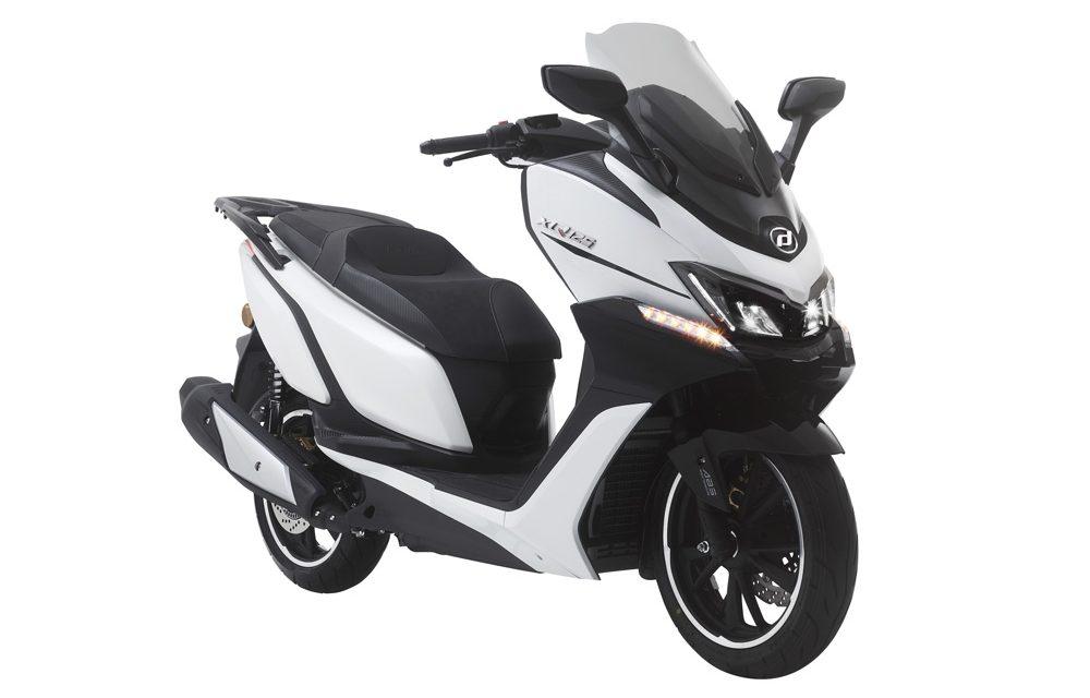 Daelim XQ 125: Nuevo entre los scooter GT