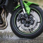 El neumático delantero de nuestra moto: desgaste y cuidado