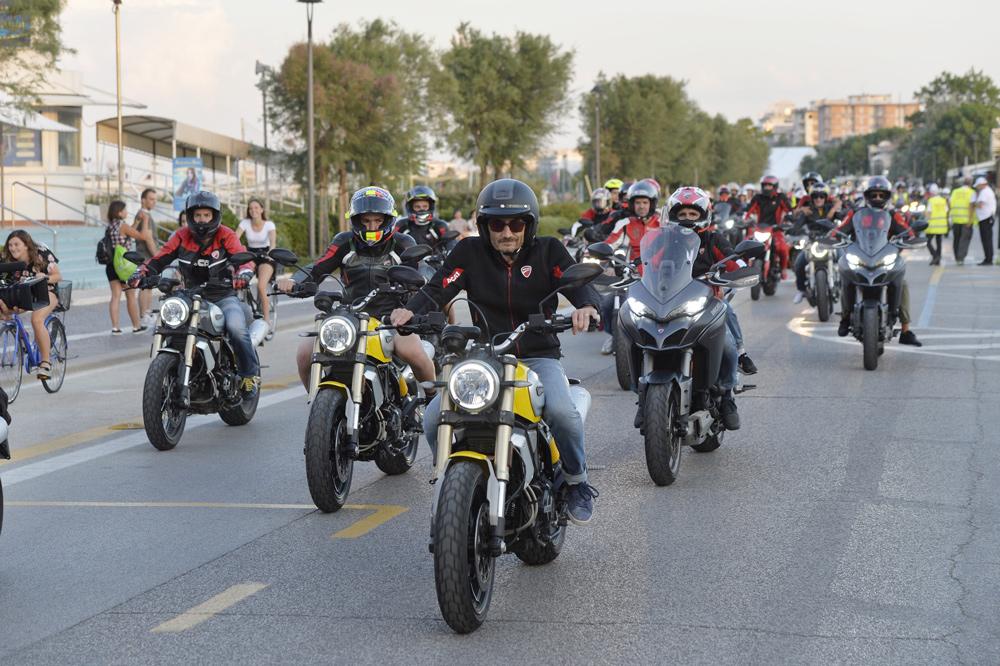 Salidas en moto durante el World Ducati Week