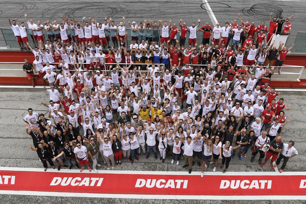 Todo el staff de Ducati se volcó en el World Ducati Week